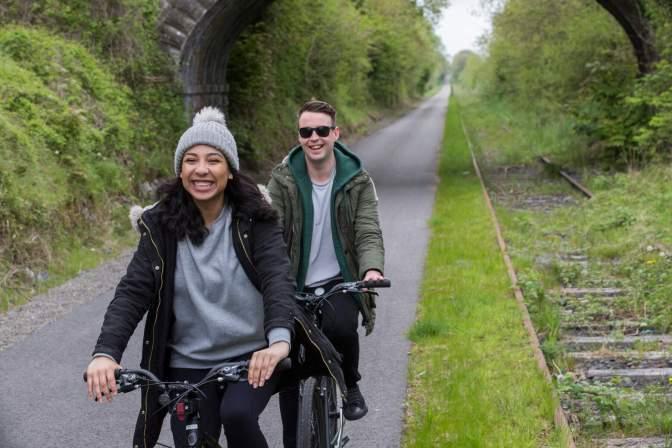 La Royal Canal Greenway, in Irlanda, è il regno del tempo libero  Image of La Royal Canal Greenway, in Irlanda, è il regno del tempo libero