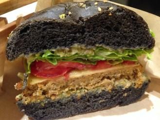 Flower Burger Roma- quartiere Prati- prima veganburgheria gourmet d'Italia
