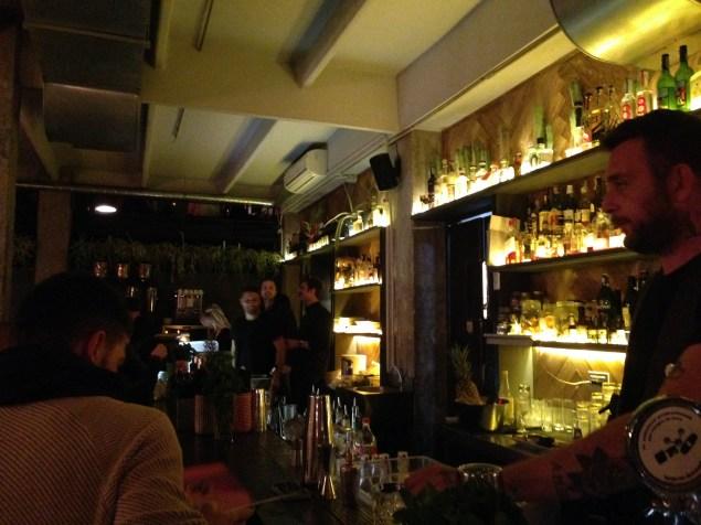 Coffe Pot Trastevere-Roma- cucina fusion nippo-messicana -hawaiana-cucina a bassa temperatura-sushi-tacos-mezcal