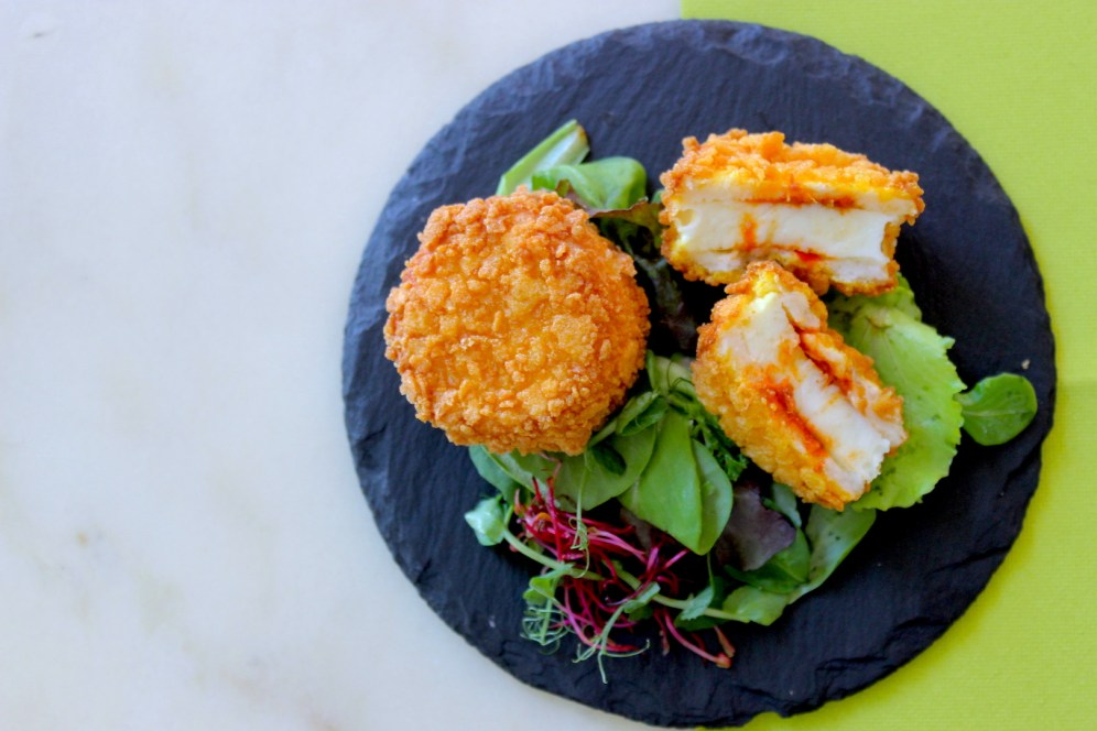 Mozzarelline in carrozza con 'nduja e corn flakes