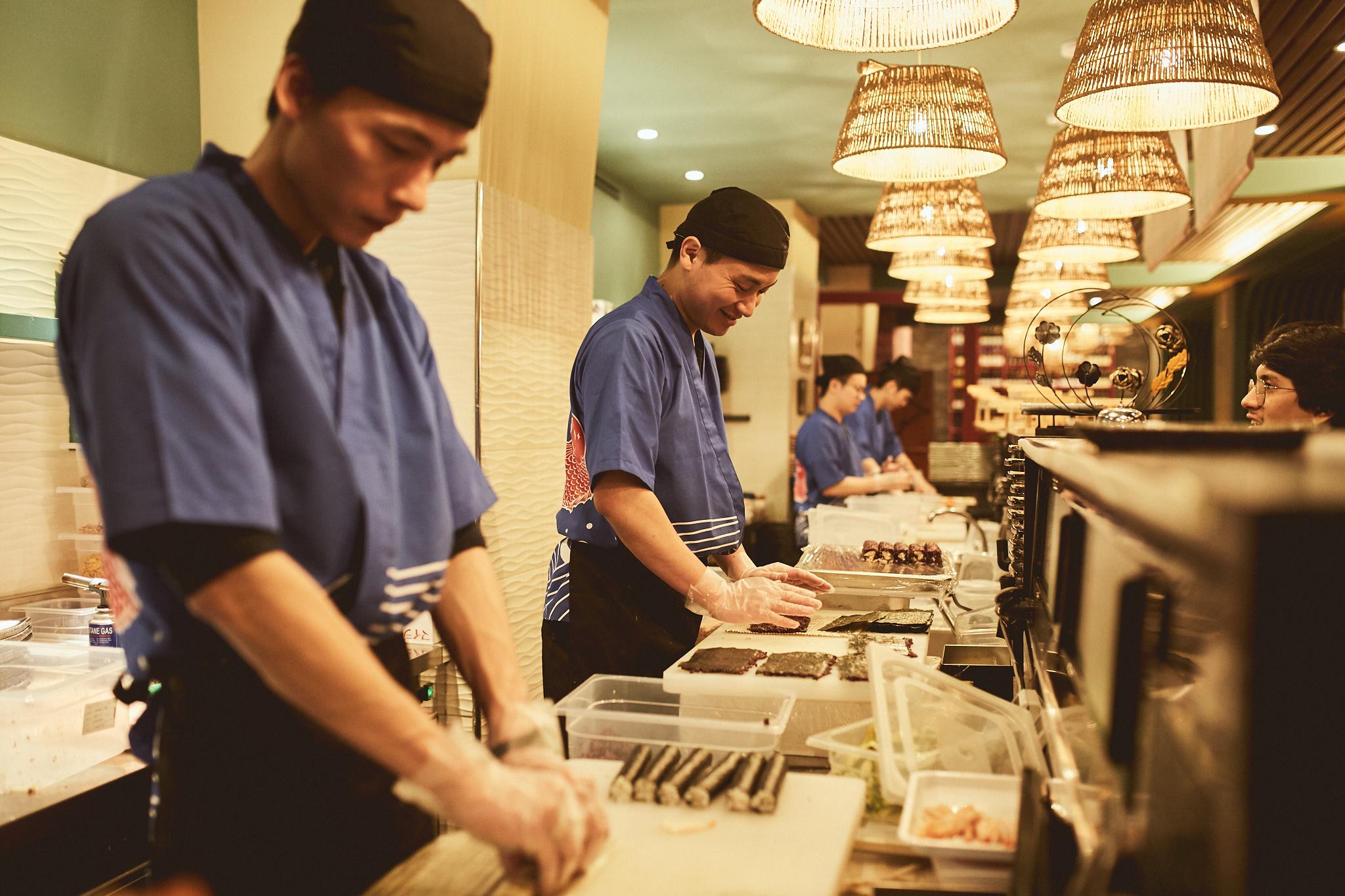 preparazione sushi Huobi Mercato Orientale