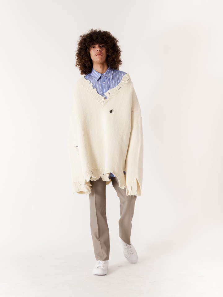 RAF_SIMONS_Oversized_Destroyed_V-Neck_Knit_Sweater_White_x-2