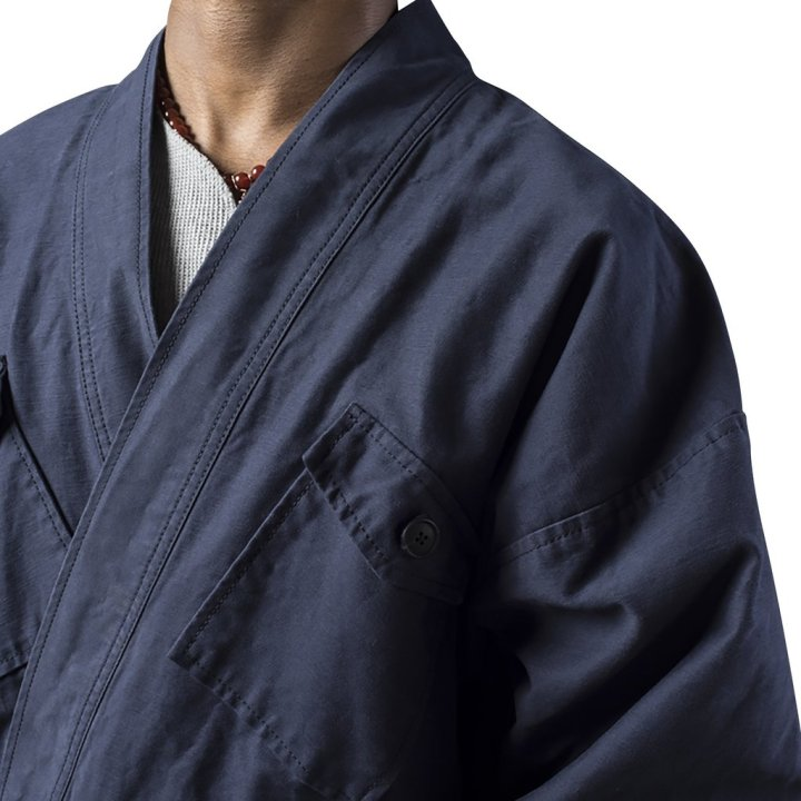 grei-convertible-karate-jacket-midnight-blue-aw16-detail-pose-meyvn-chicago_1024x1024