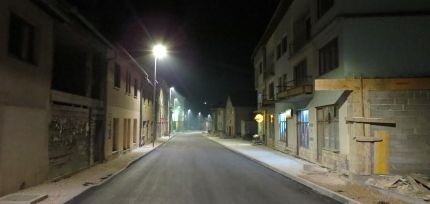 PROZOR: Zasvijetlila LED rasvjeta