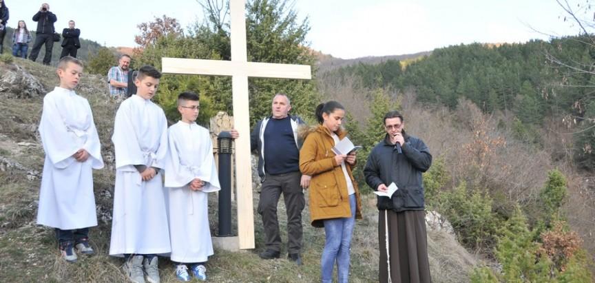 Gračac: Ramski put križa