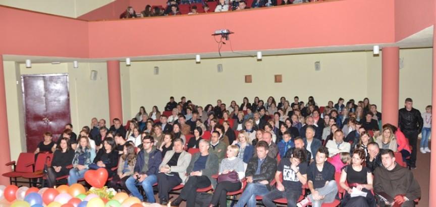 """FOTO: U Prozoru održan Humanitarni koncert """"Glasom za djecu Afrike"""""""