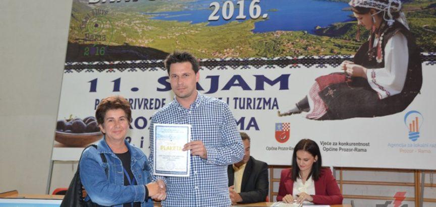 """FOTO: Dodjelom priznanja zatvoren 11. Međunarodni sajam """"Dani šljive Prozor- Rama 2016."""""""