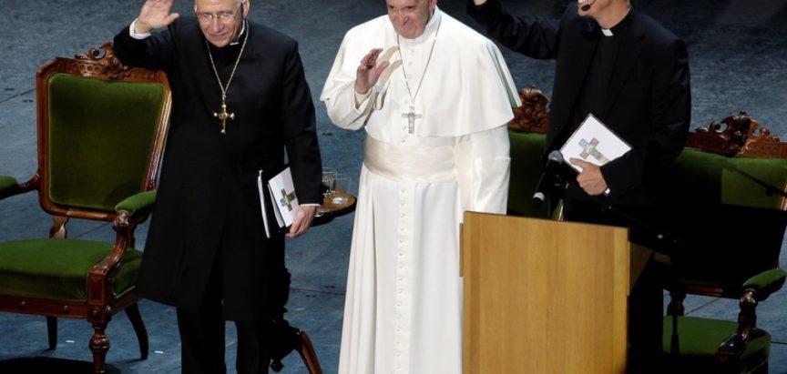 Papa Franjo u Švedskoj rekao da reformacija ima dobre strane
