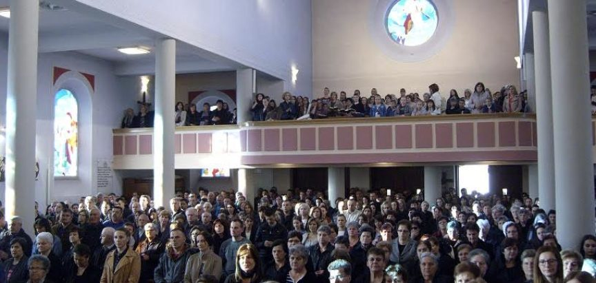 FOTO: Veliki četvrtak u župi Prozor