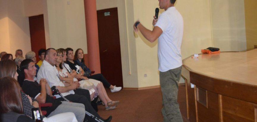 Foto: Održane javne tribine o problemima ovisnosti