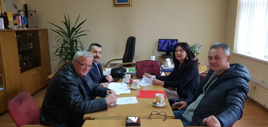 OPĆINA PROZOR-RAMA: Potpisan Ugovor za nabavku opreme i namještaja za novu općinsku zgradu