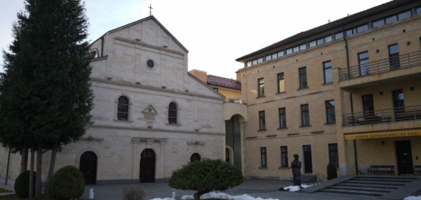 Drugi o Rami: Dok mladi napuštaju Ramu, bajkoviti Franjevački samostan okuplja posjetitelje iz cijelog svijeta
