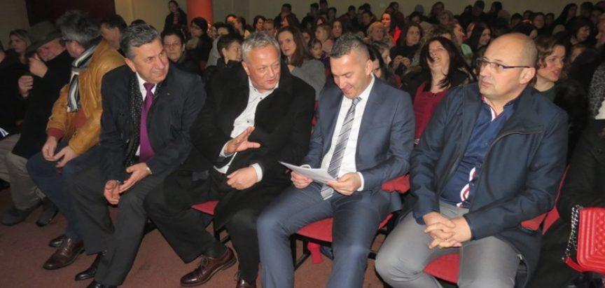 Osnovna škola fra Jeronima Vladića Ripci svečano obilježila Dan škole