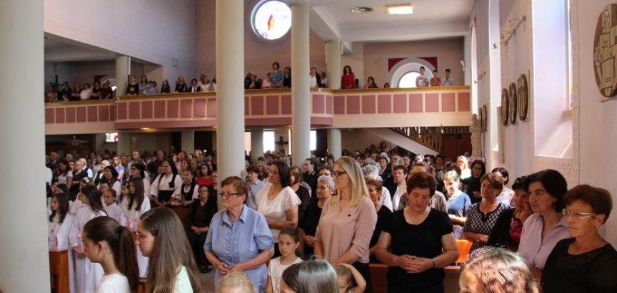 Foto: U župi Prozor proslavljen blagdan Tijelova