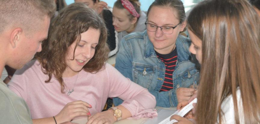 """Foto: U Srednjoj školi Prozor održana """"Medijska radionica"""" za učenike"""