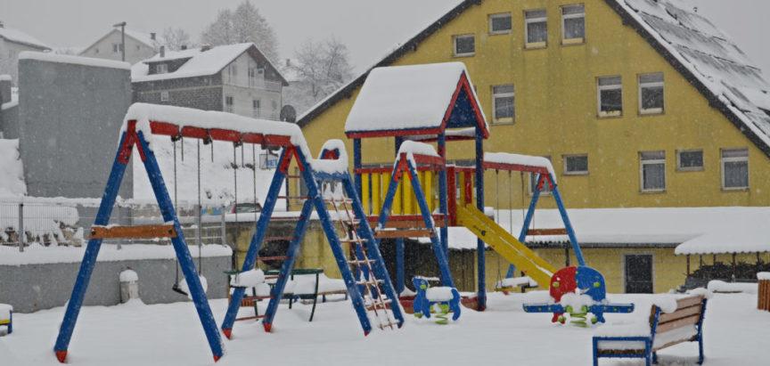Obavijest o čišćenju i uklanjanju snijega i leda sa krovova i javnih površina