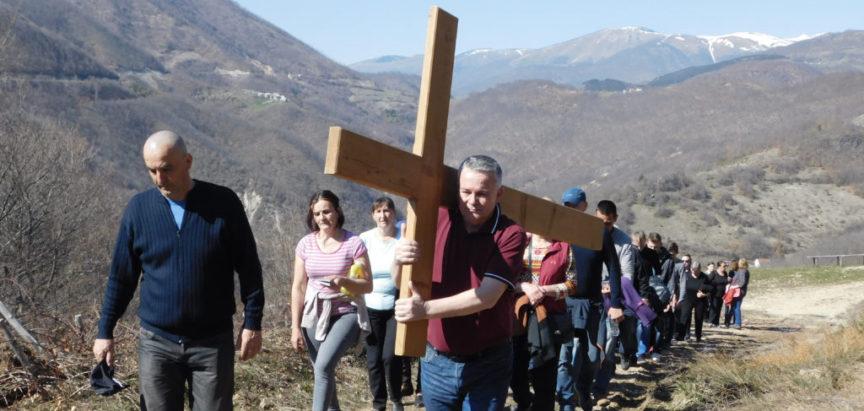 Foto: Gradac – Križni put