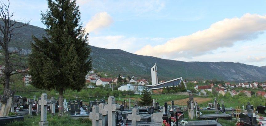 """KULTURNO-UMJETNIČKO DRUŠTVO """"RAMA"""" PLETERNICA Hodočašće od Jajca i Kupresa do Rame i Međugorja"""