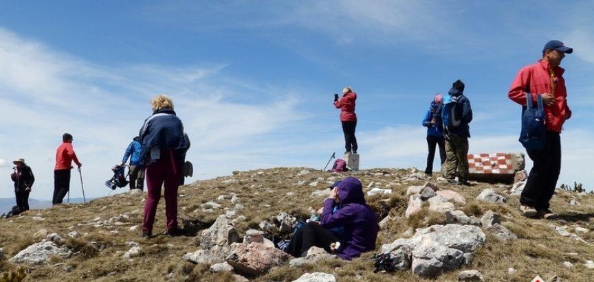 Foto: Ramske planine privlače planinare – Ovog vikenda planinari iz Trilja, Livna i Busovače penjali se na Radušu