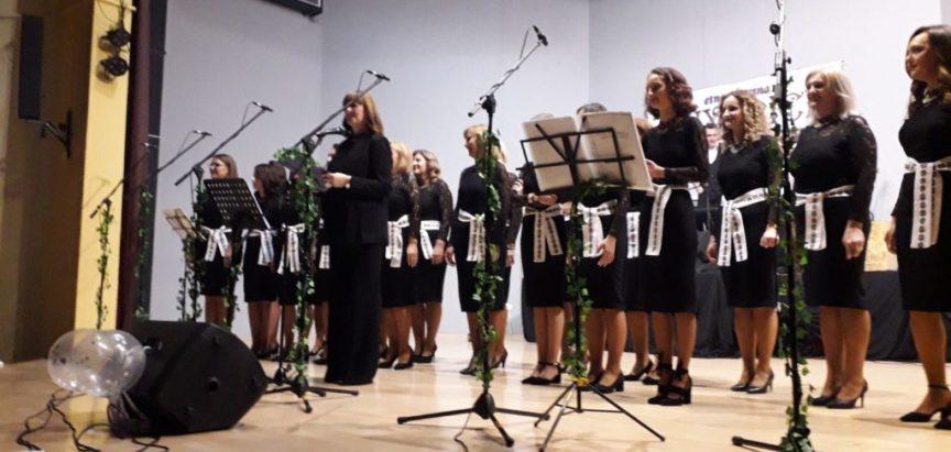 """""""Čuvarice"""" održale koncert u Prozoru"""