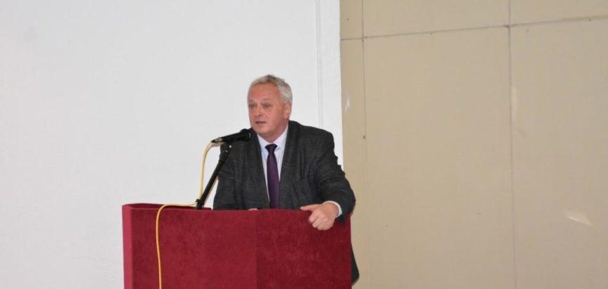 Na prijedlog načelnika Ivančevića OV Prozor-Rama donijelo Odluku o naknadi za novorođenu djecu i do 2.000 KM