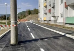 Građevinski stručnjaci u Tuzli: Pogrešno izgradili put. Pogledajte kako!