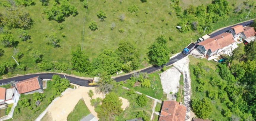 Foto/video: Završeno asfaltiranje puta Ometala – Ćališi
