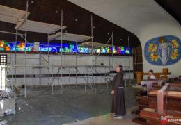 Foto: Započelo unutrašnje uređenje crkve u Rumbocima