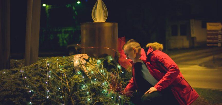 """Treću adventsku svijeću radosti upalili zdravstveni djelatnici Doma zdravlja """"Rama"""""""