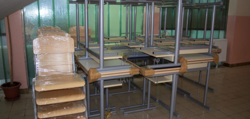 Srednja škola Prozor dobila novi školski namještaj