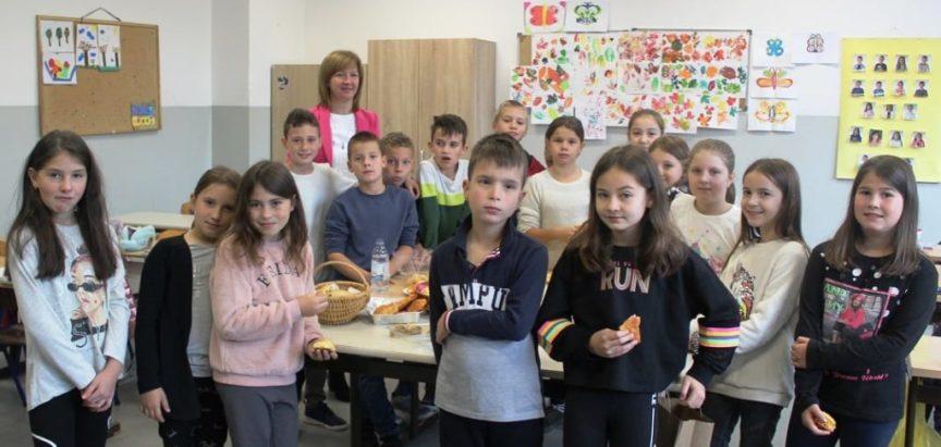 """OŠ """"Marko Marulić"""" PROZOR: Obilježavanje Dana kruha i zahvalnosti za plodove zemlje"""