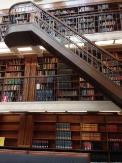 Tangga Dalam Perpustakaan NSW