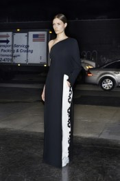 givenchy_038_1366.450x675