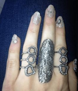 met-gala-nails-emmy-rossum-w724
