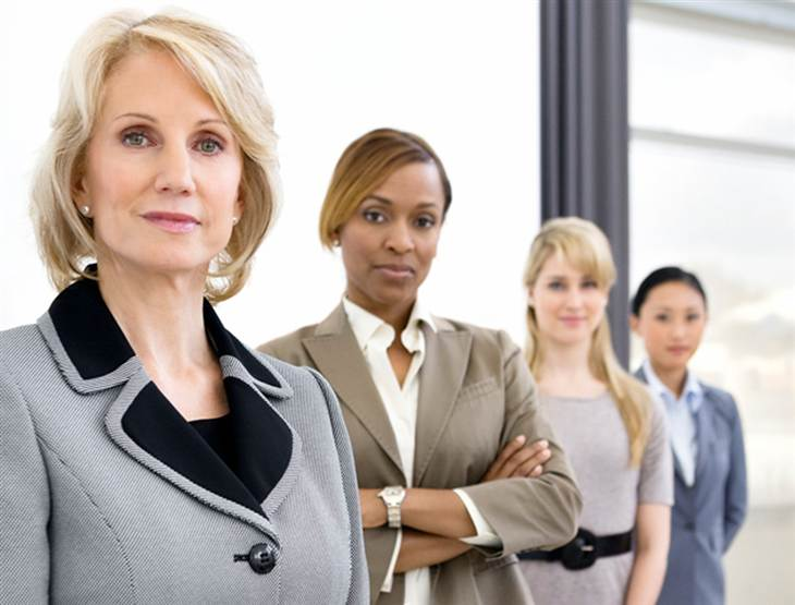 10 Ways Women Can Shine at Work