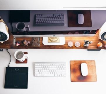 computer desk photo