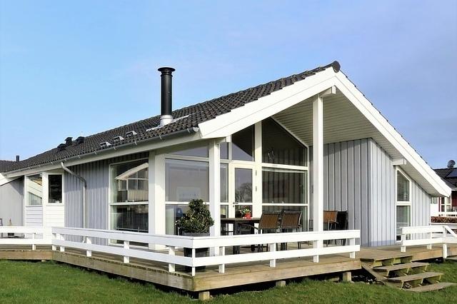 hus hytte sommer norge
