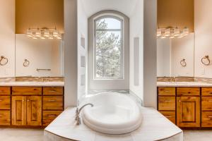 The Vail by Ranch Living - Colorado Semi-Custom Homes