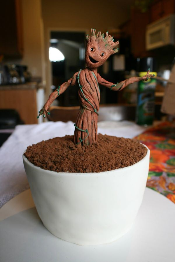 Lexie Deaver's I-Am-Groot Cake