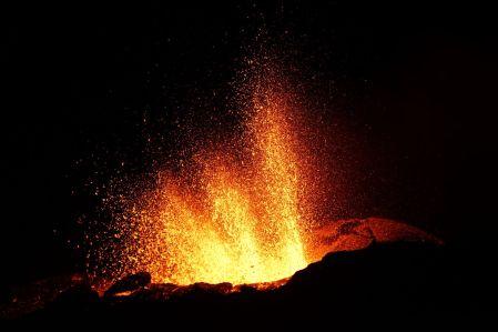 Eruption Piton de la Fouurnaise 15 septembre 2018 Tunnels de lave réunion ; Rando Volcan (3)