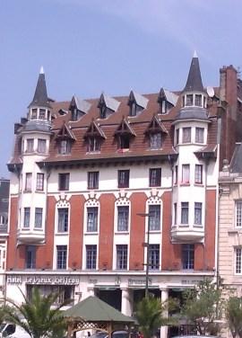 l'Hôtel restaurant Le Vieux Beffroi, Béthune