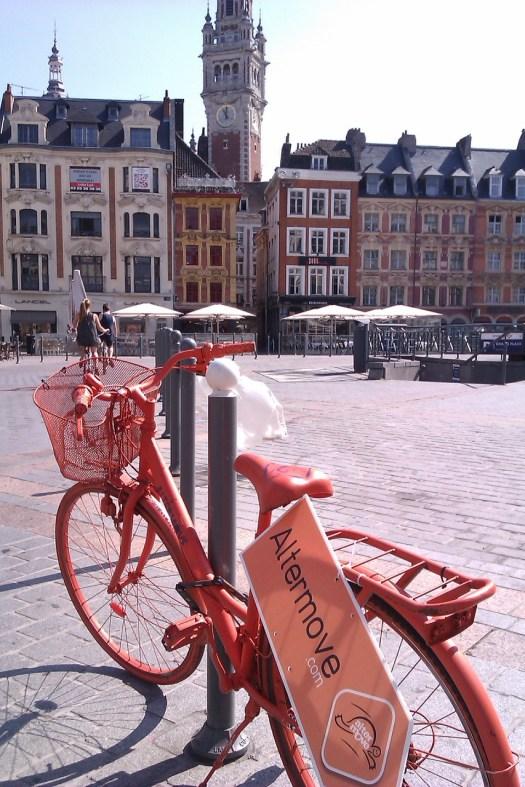 Lille - la Gd Place vue de la Rue Nationale