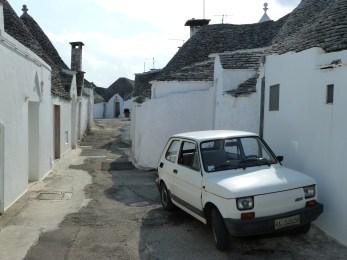 13-Alberobello trulli17