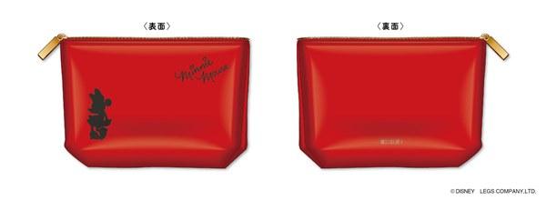 バッグの中でもかさばらず持ち運びに便利な、スリムタイプのコスメポーチ。