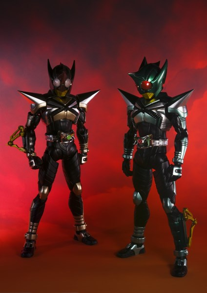 S.H.Figuarts(真骨彫製法) 仮面ライダーキックホッパー/仮面ライダーパンチホッパー