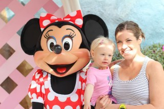 Ry finally meets Minnie Mouse