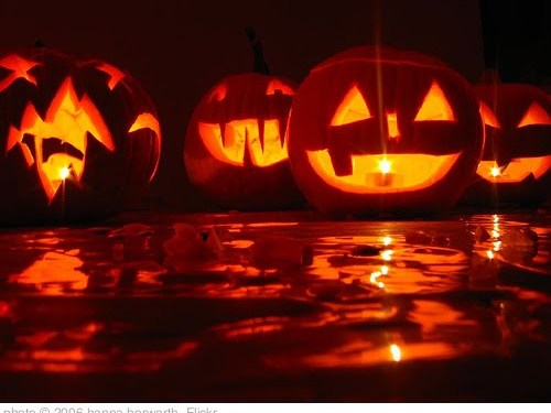 'halloween' photo (c) 2006, hanna horwarth - license: http://creativecommons.org/licenses/by-nd/2.0/