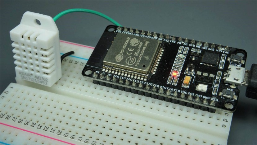 ESP32 with DHT11 DHT22 Temperature and Humidity Sensor using Arduino IDE