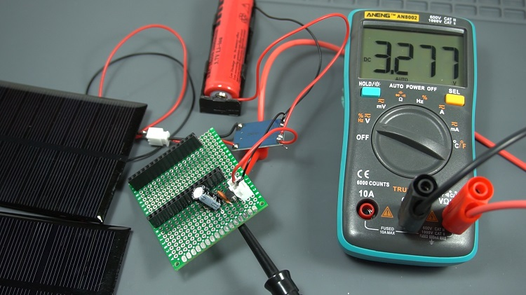 ESP32 ESP8266 Solar Panels and voltage regulator circuit multimeter measurements