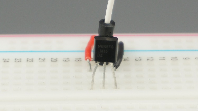 LM35 LM335 and LM34 Analog Temperature Sensor